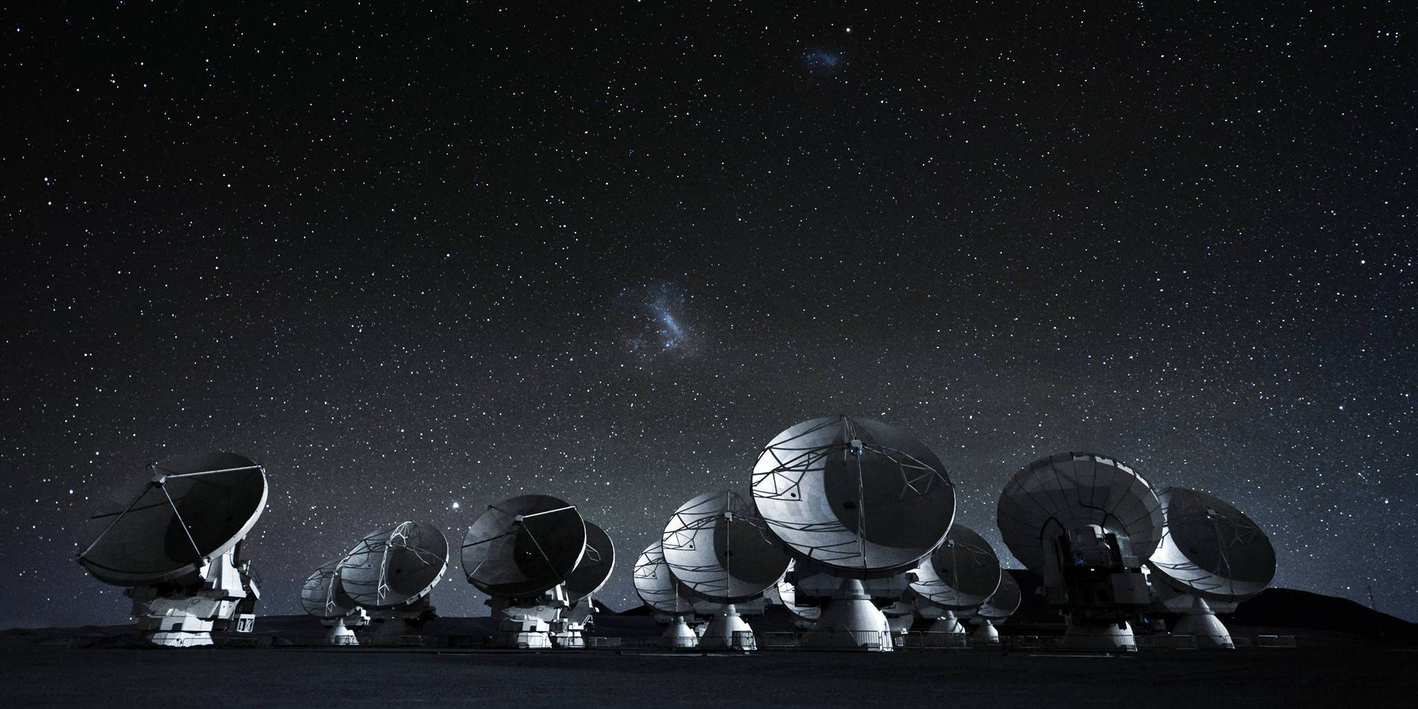 Radiotelescopes<em>Credit: ESO/C. Malin, modified by Krischan</em>